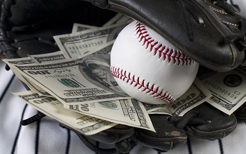 お金と野球